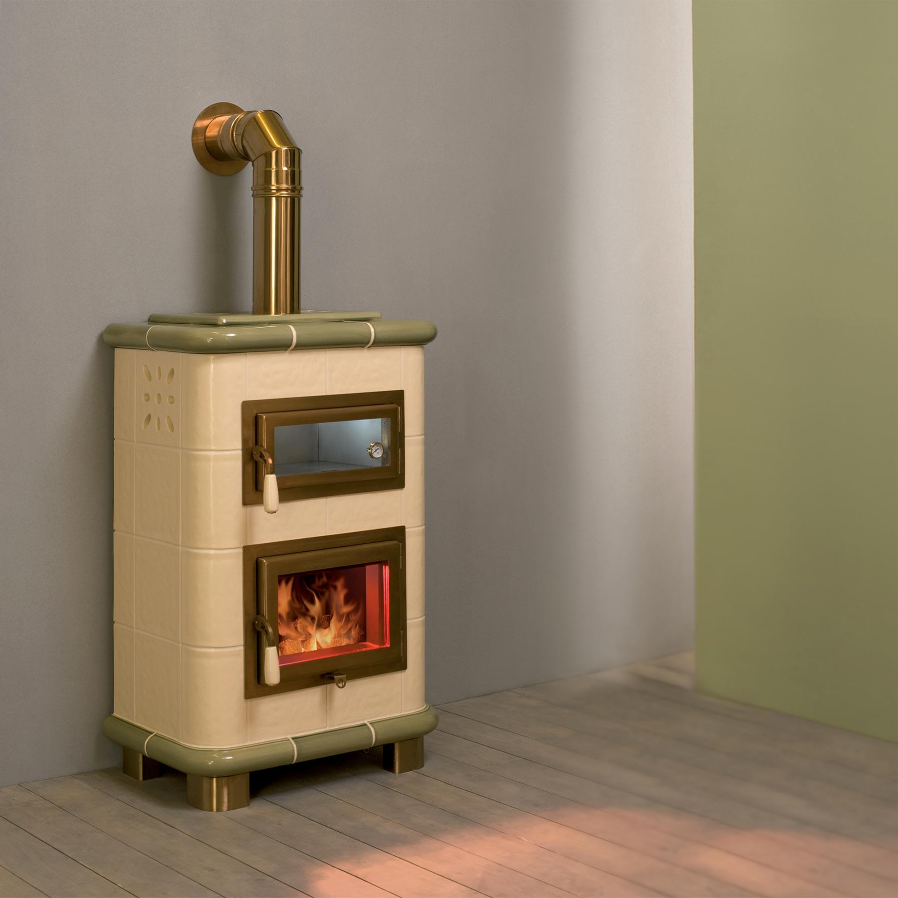 Stufa a legna classica saturno mt design stufe - Stufe a legna ventilate ...