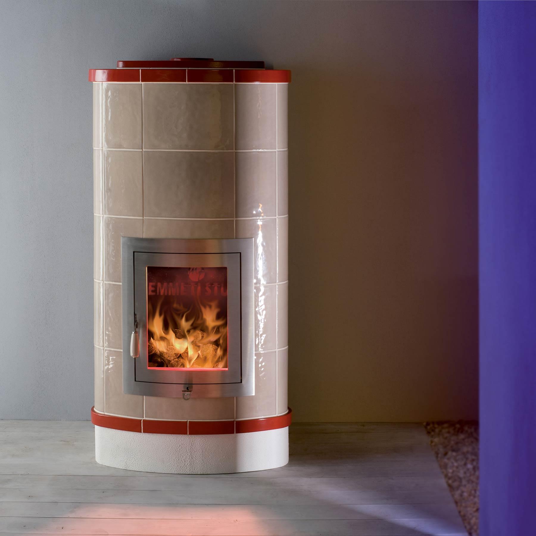 Stufa a legna contemporanea priscilla mt design stufe - Stufe a legna ventilate ...